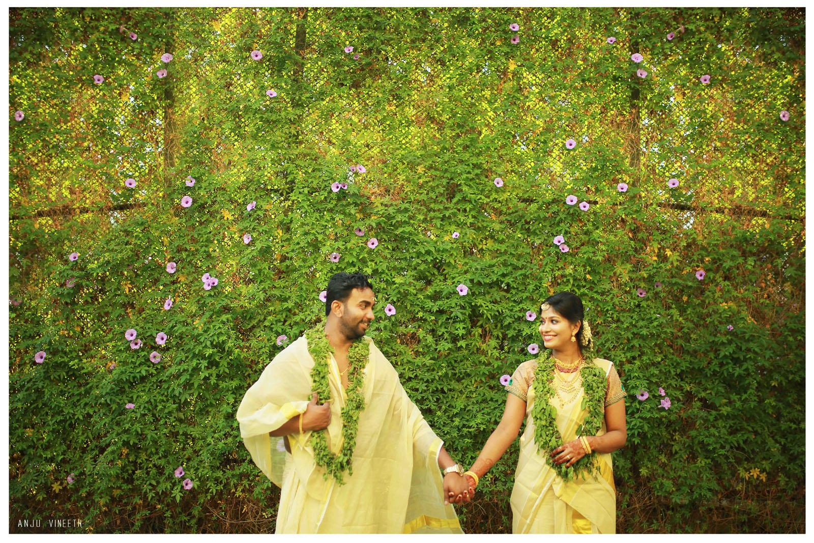 Guruvayoor-temple-marriage talking_pictures-anju