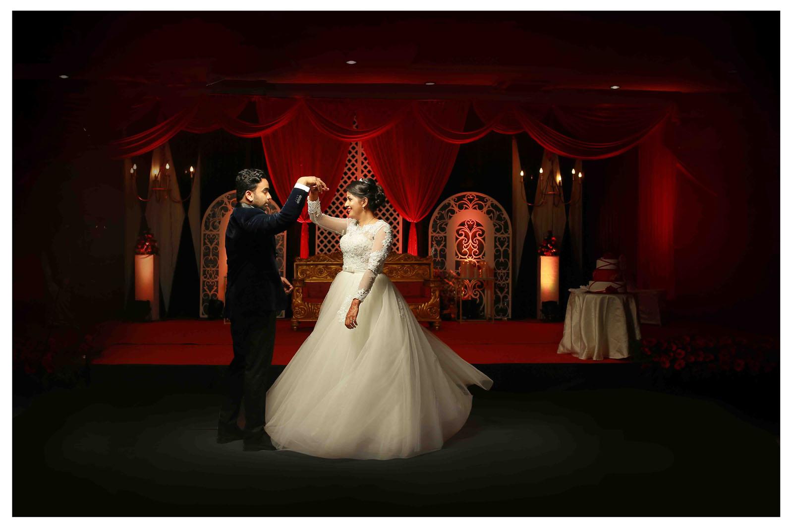 Guruvayoor-temple-marriagetalking_pictures-anju2 - wedding photography